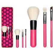 مجموعة فرش ماك اصدار محدود Nutcracker sweet essential brush kit